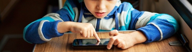 La publicación de fotos de niños en Facebook