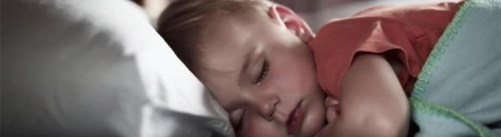 ¿Qué hacer para que nuestro hijo se adapte al cambio de hora?