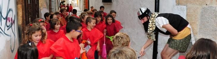 1.000 escolares conocen la Dénia Medieval gracias al grupo Melic