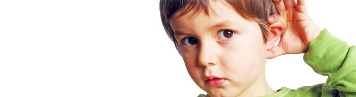 ¿Podrá mi hijo hablar normalmente con un implante coclear?